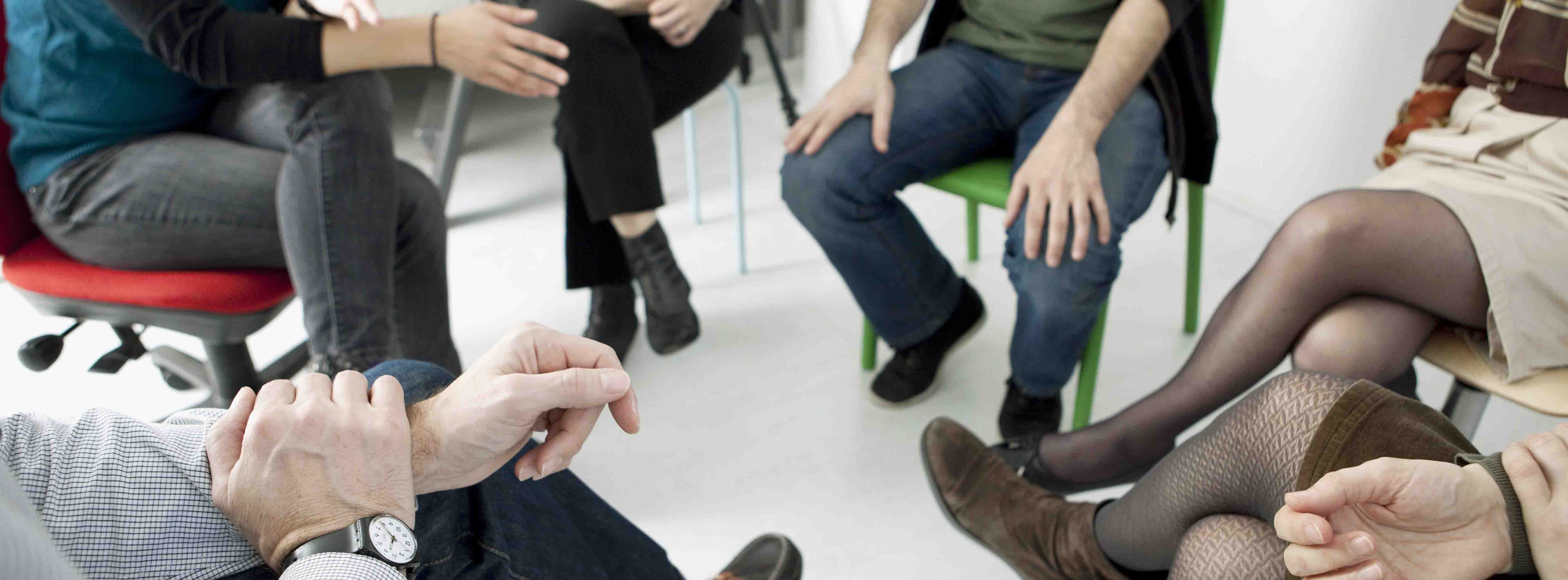Psicoterapia de grupo o terapia de grupo - De Salud Psicólogos - José de Sola - psicólogos en Madrid - Psicólogos en Málaga