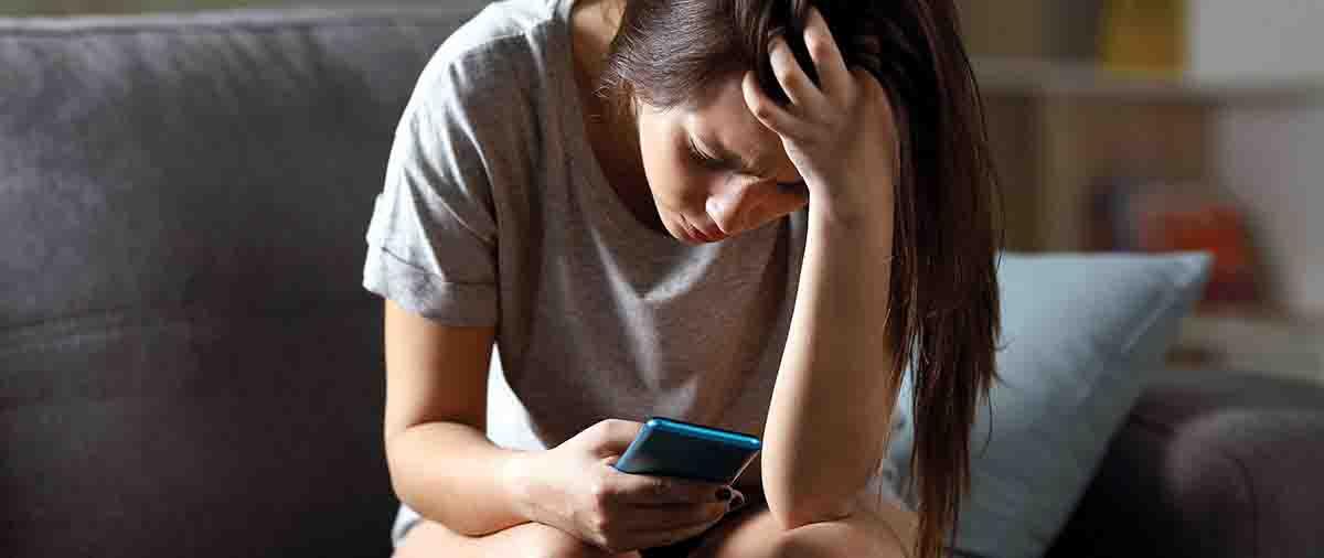 De Salud Psicólogos - La depresión de Facebook - Psicólogos en Madrid